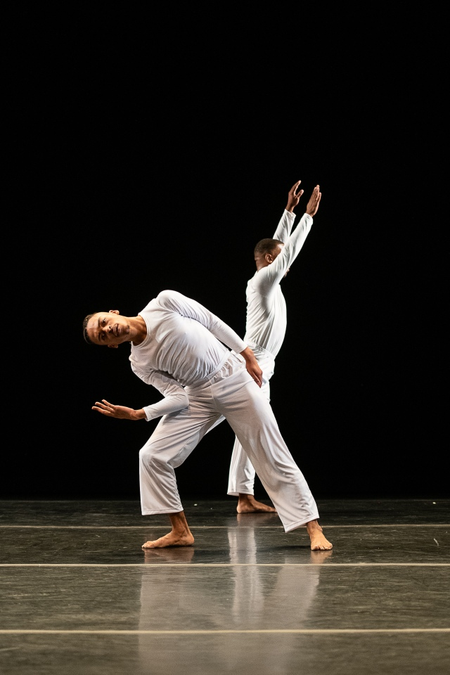 AIM_Solo Olos_Javon Jones_Claude CJ Johnson_01_Trisha Brown_Christopher Duggan